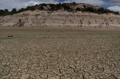 Problemática de la reducción de agua de los embalses