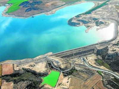 El Gobierno central adeuda 1,4 millones por el IBI de la presa de San Salvador