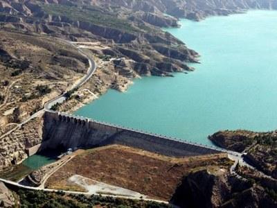 La CHG licita por 6,4 millones obras para impermeabilizar la ladera izquierda del embalse de Negratín (Granada)